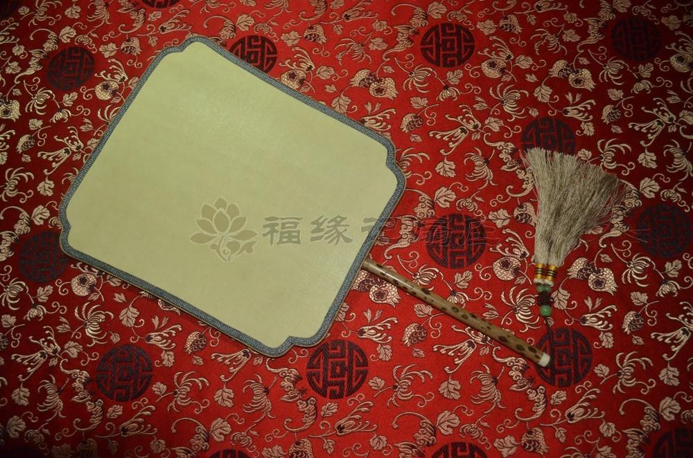 商品名称:精品宫扇 梅� 真丝 双面 圆柄 团扇 宫扇(方腰型)